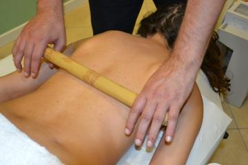 Massaggio col bamboo
